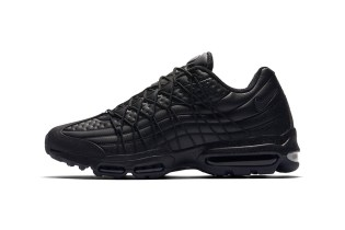 The Nike Air Max 95 Ultra Receives the Blacked-out Treatment