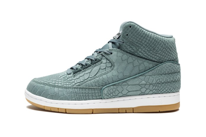 "Nike Gives the Air Python a Premium ""Hasta Green"" Treatment"
