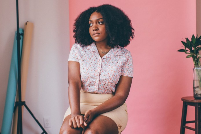 "Noname, Saba, Phoelix & Chelsea Reject Link Up on ""Counterfeit"""