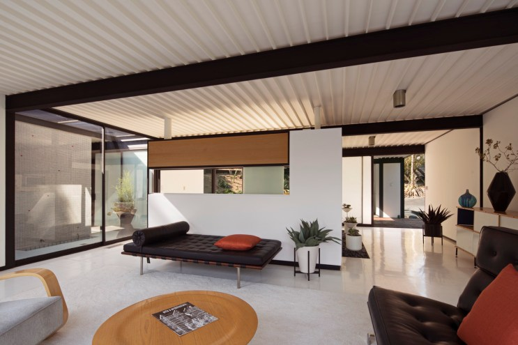 Pierre Koenig's Design Classic House 21 Is Now Available to Buy