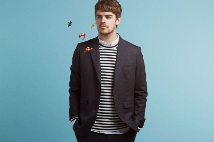 "Listen to Ryan Hemsworth's New Single featuring Adamn Killa ""Commas"""