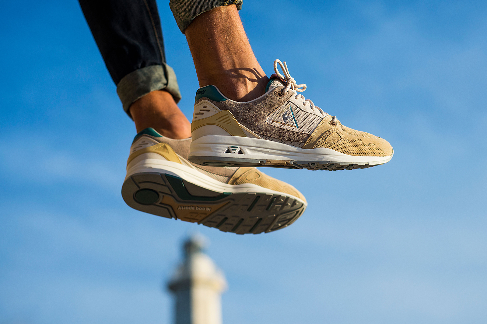 sneakers76 x le coq sportif lcs r1000 guardian of the sea hypebeast. Black Bedroom Furniture Sets. Home Design Ideas