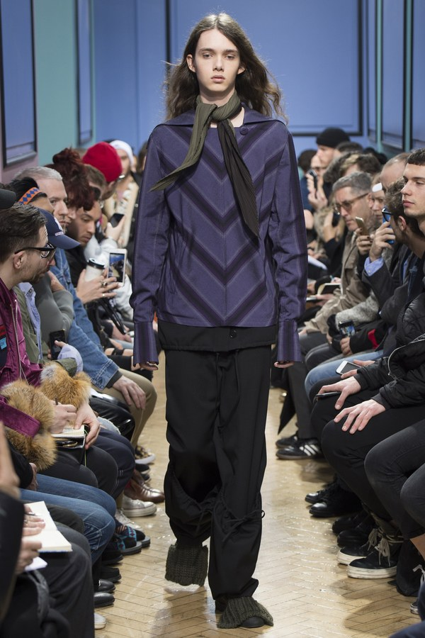 JW Anderson 2017 Fall/Winter Collection Runway Show London Fashion Week Men's