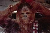 "Chewbacca Gets Into the Spirit of Christmas by Singing ""Silent Night"""