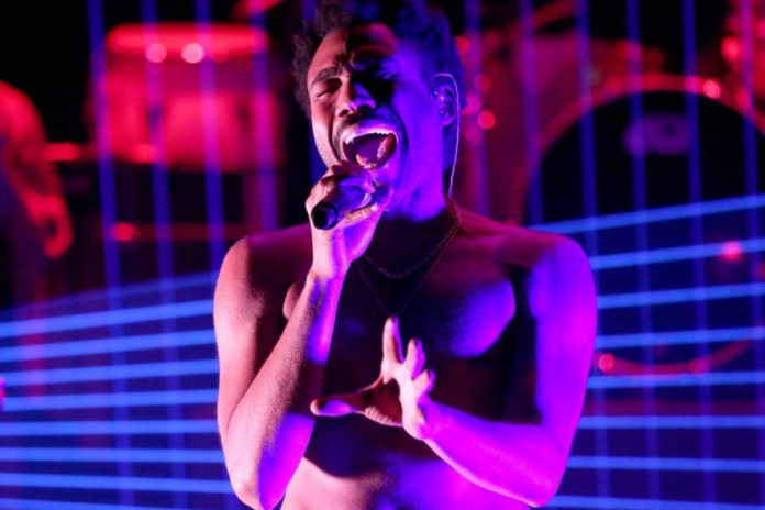"Watch Childish Gambino's Impressive ""Red Bone"" Performance on Jimmy Fallon's 'Tonight Show'"