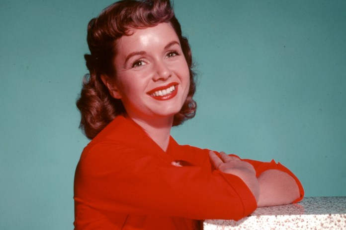 Debbie Reynolds Passes Away One Day After Daughter Carrie Fisher's Untimely Death