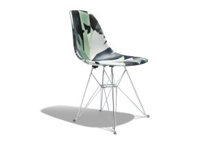 The Diamond Supply Co. x Modernica Chair Will Be Re-Releasing in Time for the Holidays