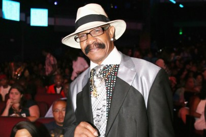 "Drake's Dad Dennis Graham Shares First Single of New Career, ""Kinda Crazy"""