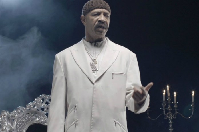 """Drake's Dad Is Cutting Ties With """"So-Called Friends"""" Who Didn't Cop His Single"""