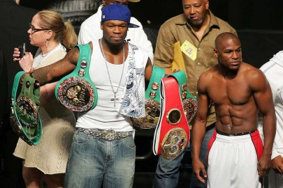 "50 Cent Tells Dana White That Floyd Mayweather Is ""Dead Serious"" About Fighting Conor McGregor"