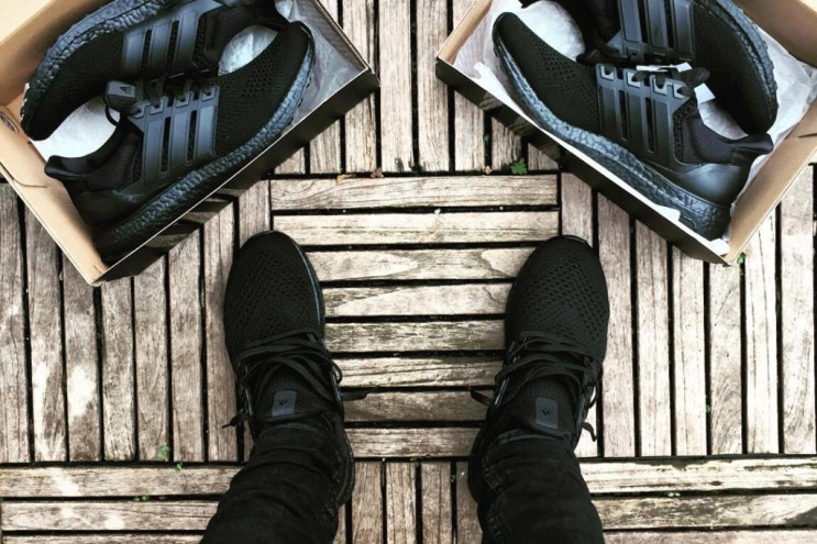 "HYPEFEET: Nike & adidas Go Head-To-Head in a ""Triple Black"" Duel"