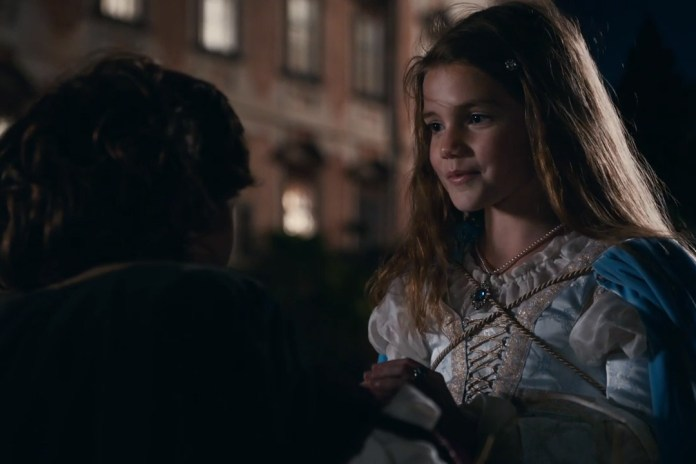 Apple Releases New 'Romeo and Juliet' Ad Highlighting the iPhone 7's Camera