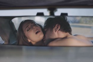 """Metronomy & Robyn Share New Video for """"Hang Me Out to Dry"""""""