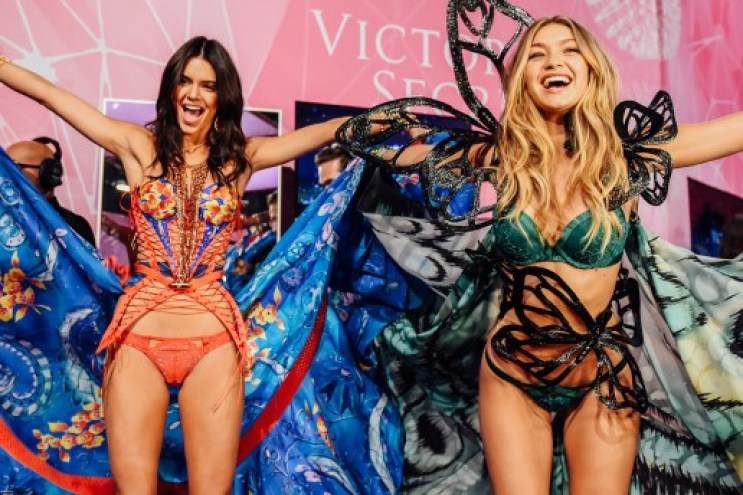 A Look Back at the 11 Most Memorable Beauty Looks from Past Victoria's Secret Fashion Shows