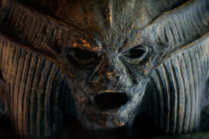 A First Look at Tom Cruise & Russell Crowe in 'The Mummy'