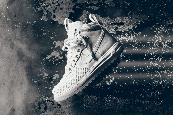 """Nike Wraps the Lunar Force 1 Duckboot In """"Ice White"""""""