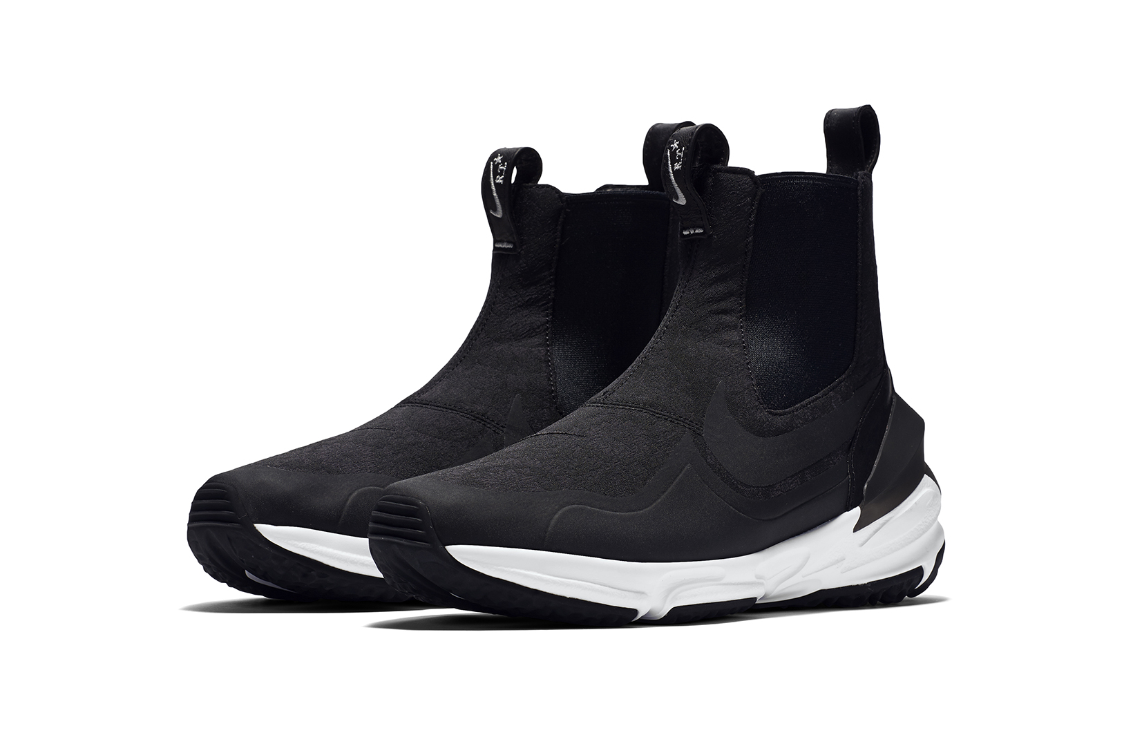 rt-nikelab-air-zoom-legend-set-to-turn-h