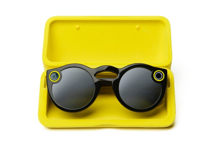 Rochester Optical Provides Custom Lenses for Your Snapchat Spectacles