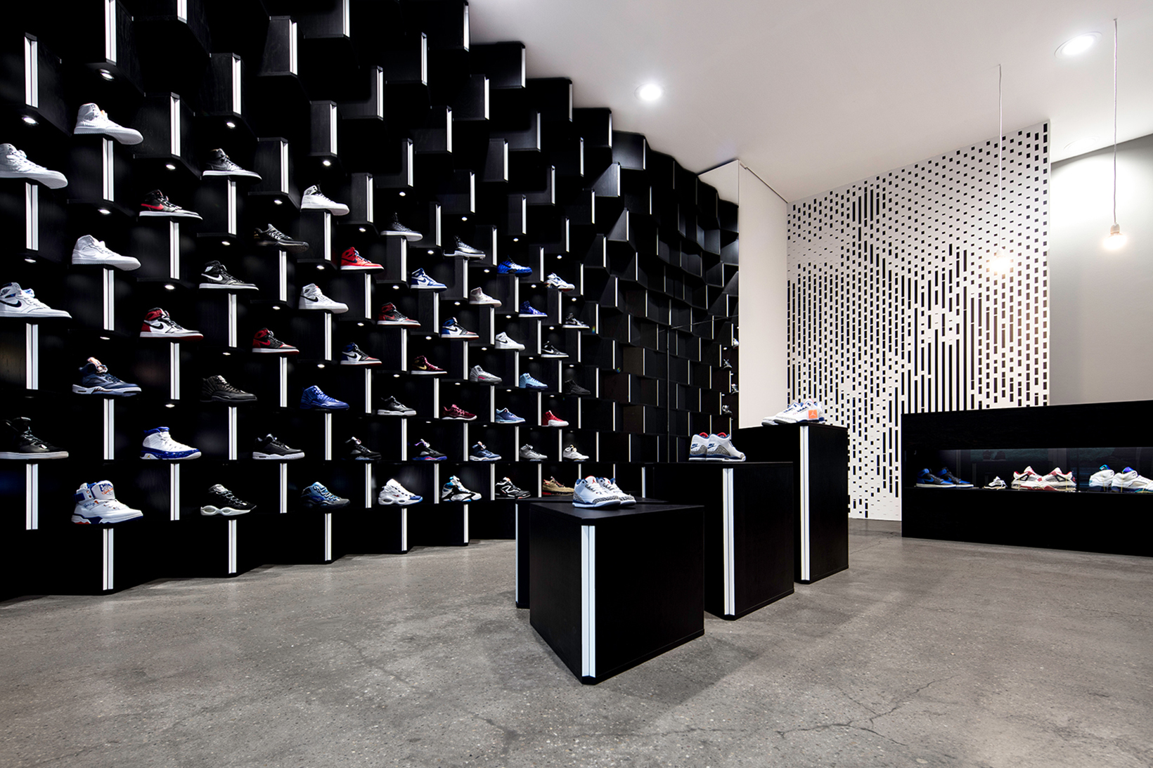 lane by suppa basketball concept store in stuttgart. Black Bedroom Furniture Sets. Home Design Ideas