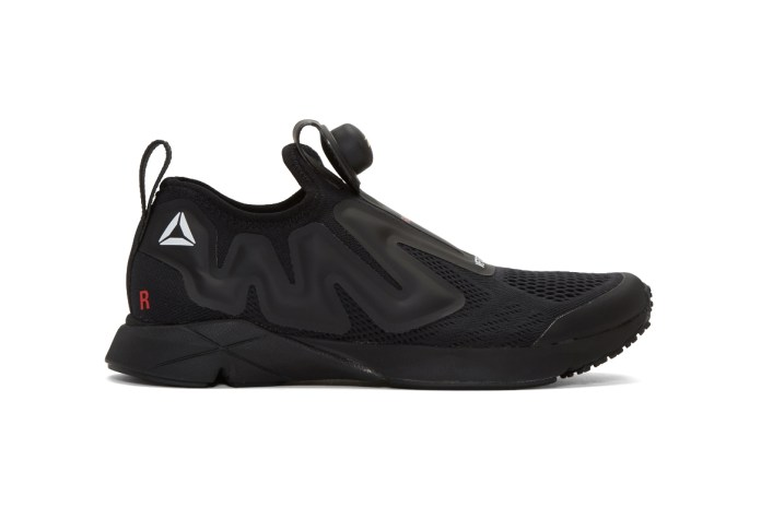 The Vetements x Reebok Pump Supreme Now Receives an All-Black Colorway