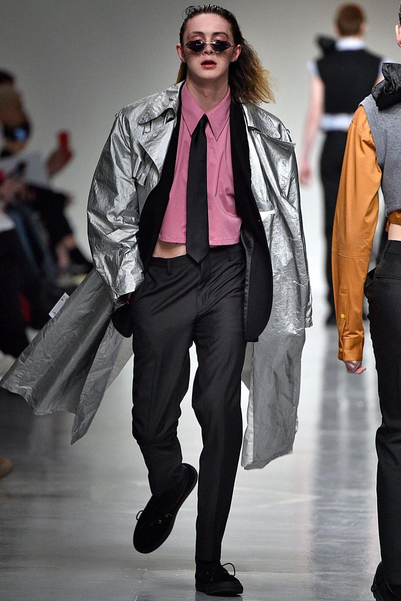 Xander Zhou 2017 Fall/Winter Collection Runway London Fashion Week Men's