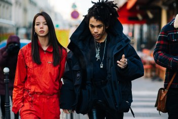 Picture of Streetsnaps: Paris Fashion Week Day 3