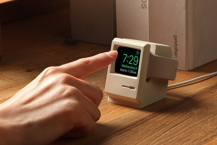 This Charging Stand Turns the Apple Watch Into a 1984 Macintosh