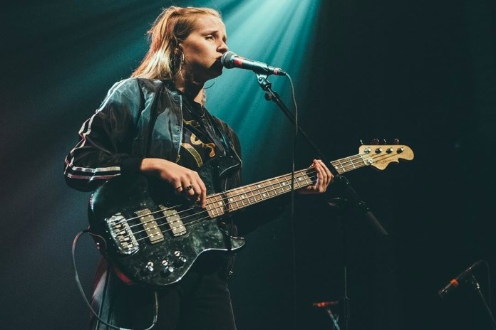 """Charlotte Day Wilson Depicts Female Diversity in """"Work"""" Video"""