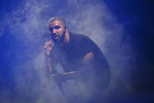 "Watch Drake Perform ""Back to Back"" For the Last Time Ever"