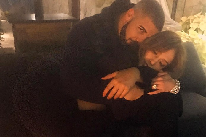 Drake Gifted Jennifer Lopez a $100,000 USD Diamond Necklace