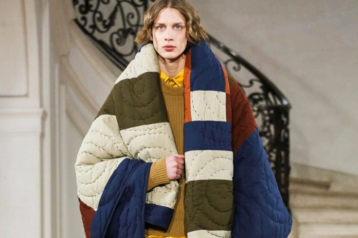 Oversized Knits Are the Focus in Études' 2017 Fall/Winter Collection