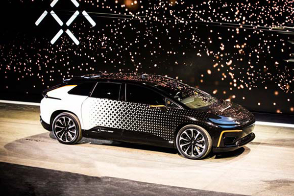 Watch Faraday Future's Debut Electric Car Reverse Park Itself Into an Empty Spot