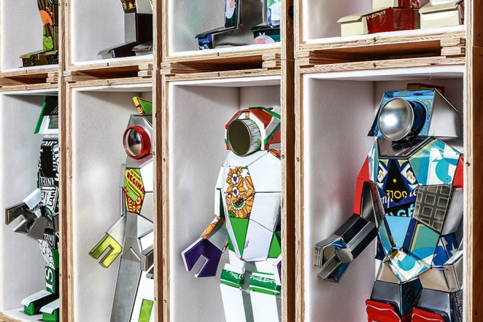 M.A.D.Gallery Launches a Retro Robot Exhibition in Geneva