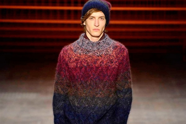 Missoni's Colorful Knits Return for 2017 Fall/Winter