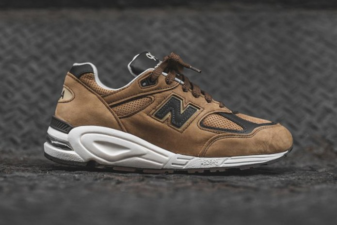 This New Balance 990V2 Colorway Is Inspired by Chocolate