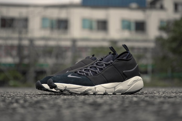 Nike Drops a Black & White Air Footscape Motion