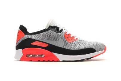 "Nike Continues Its OG-Inspired Series With the Air Max 90 Flyknit ""Infrared"""