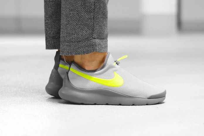 "The Nike Aptare Gets Even More Futuristic With ""Wolf Gray/Volt"" Colorway"