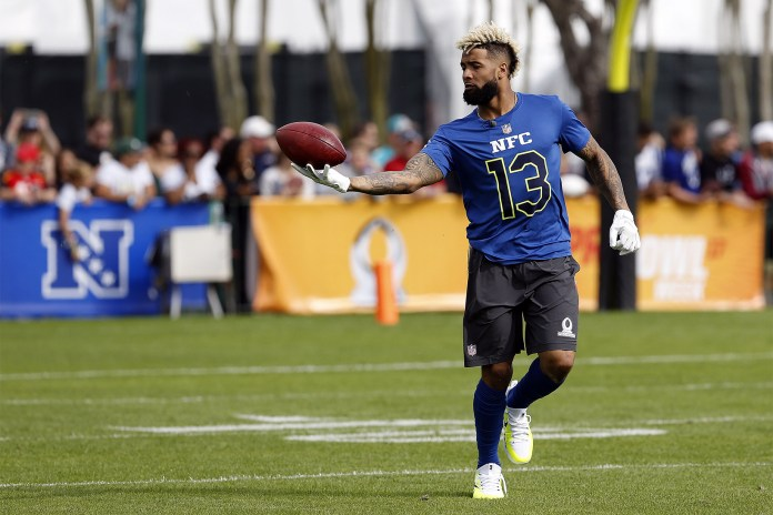 Is Odell Beckham Jr. Wearing Supreme x Louis Vuitton Cleats in the Pro Bowl?