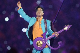 """Prince's Music Will Be Available on Apple Music & Amazon """"Very Soon"""""""