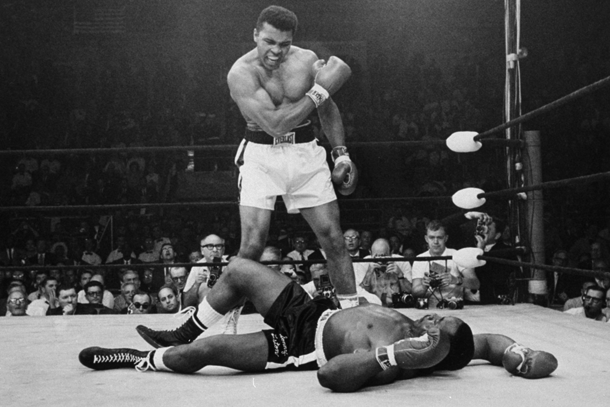 muhammad ali sonny liston 2 ii maine knockout standing over ring ground fight