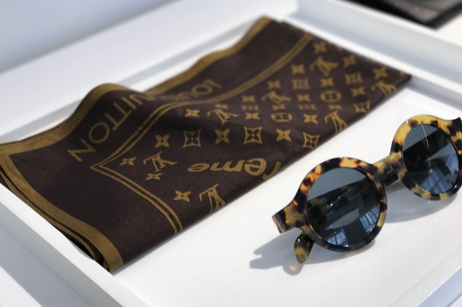 Supreme x Louis Vuitton 2017 Fall/Winter Closer Look Showroom - 3703538
