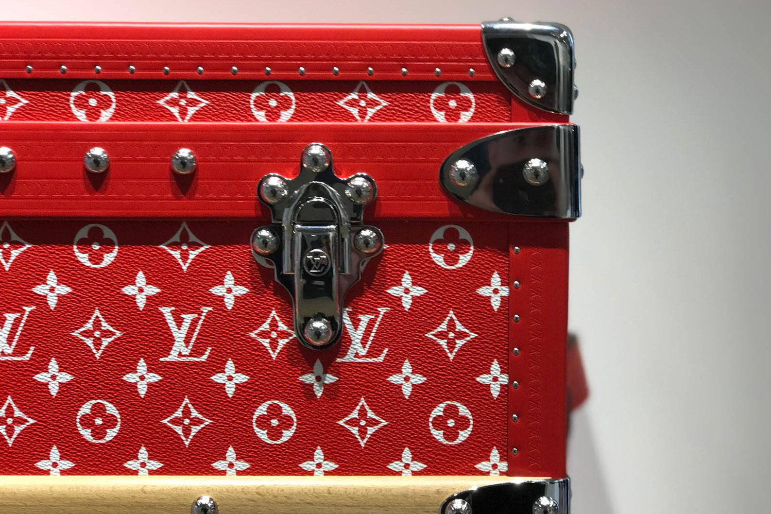 Supreme x Louis Vuitton 2017 Fall/Winter Closer Look Showroom - 3703527