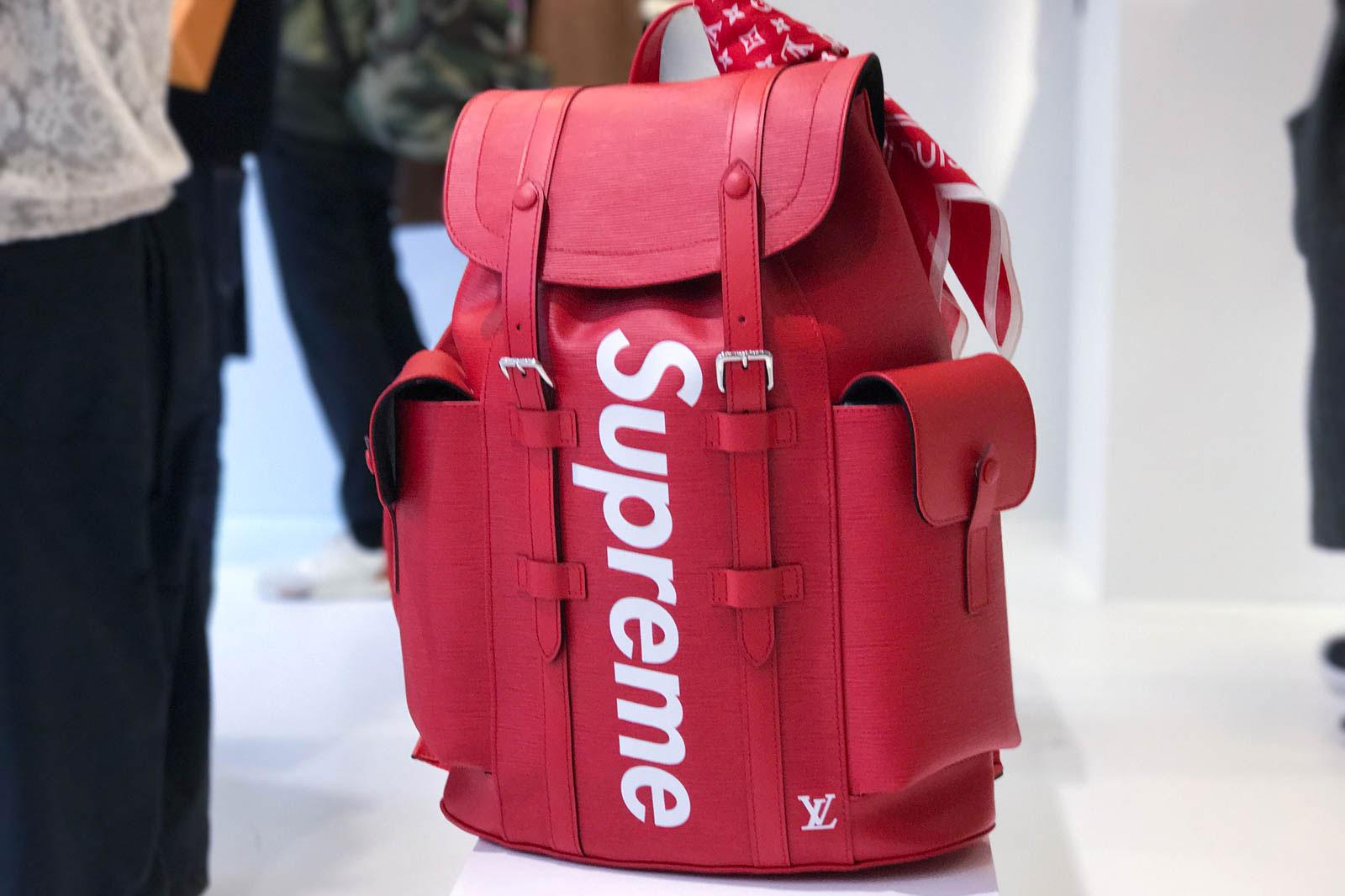 Supreme x Louis Vuitton 2017 Fall/Winter Closer Look Showroom - 3703564