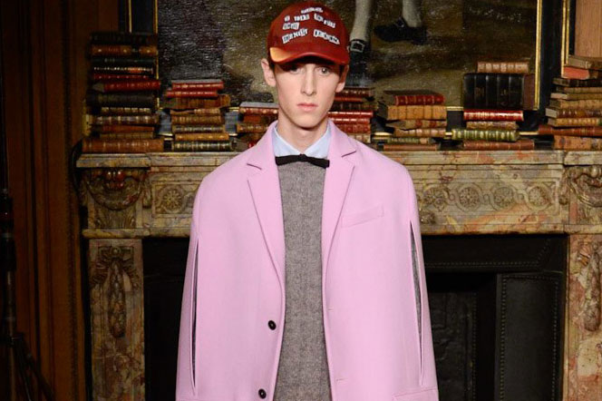 Valentino Channels Iconic Painter, Francis Bacon for Its 2017 Fall/Winter Collection
