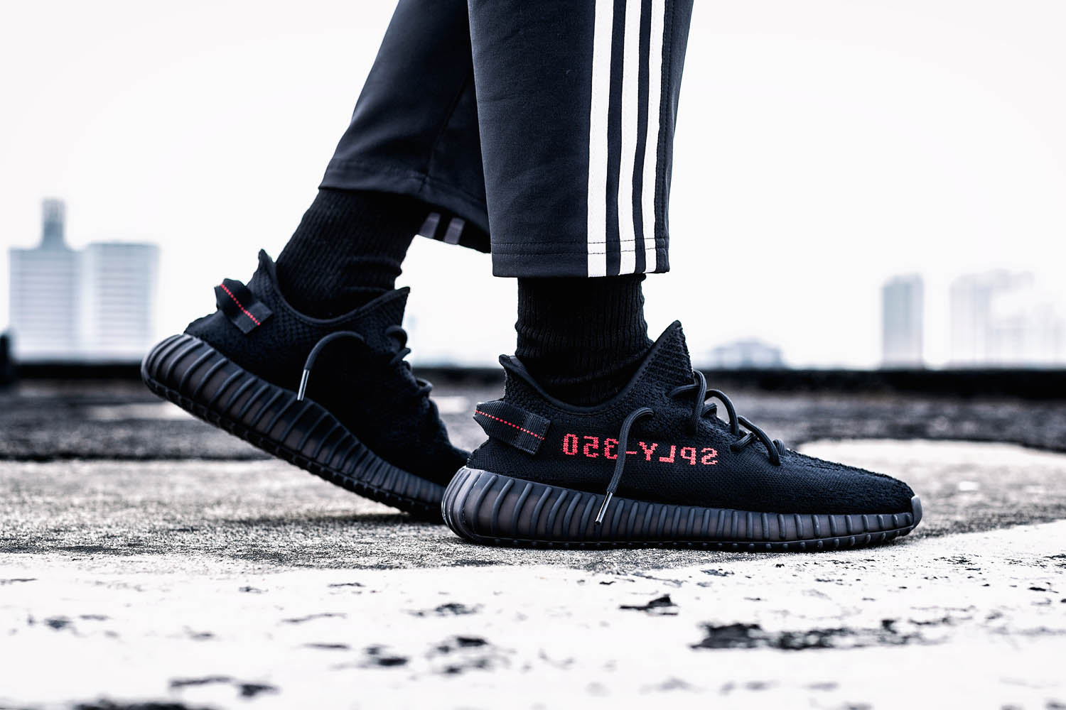 Cheap Adidas Yeezy v2 350 Core black Red 2017 Bred Boost Low SPLY