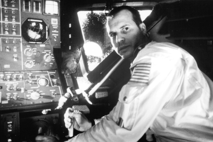 Bill Paxton, 'Aliens' and 'Apollo 13' Actor, Passes Away at 61