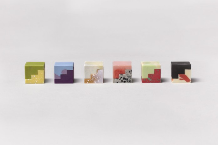 Complements Is a Beautiful Modular Chocolate Project
