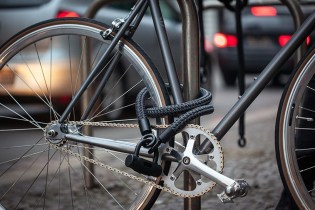 This Game-Changing Bike Lock Uses Fabric That's as Strong as High-Grade Steel