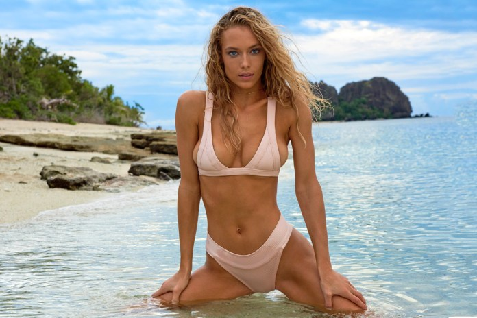 Take a Behind-The-Scenes Look at Hannah Ferguson's Latest Cover for the 'Sports Illustrated Swimsuit Issue' [NSFW]